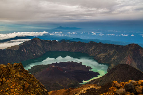 Rinjani Advance Package Summit and Lake 4 Days 3 Nights